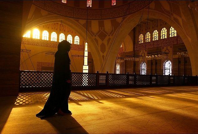 Adab Keluarga Fatimah Zahra Sebagai Parameter (Bag. 4)