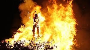 pembakaran manusia
