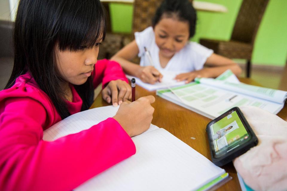 Sekolah Online dan Kesiapan Menghadapi Masa Depan